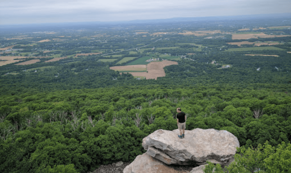 Annapolis Rocks and Black Rock Cliff Hiking Trail